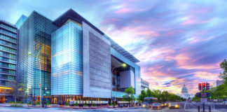 The building in Washington, D.C., in which the Newseum is located has been sold to Johns Hopkins University.