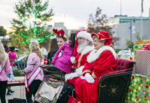 Shreveport-Bossier holiday Santa Claus parade