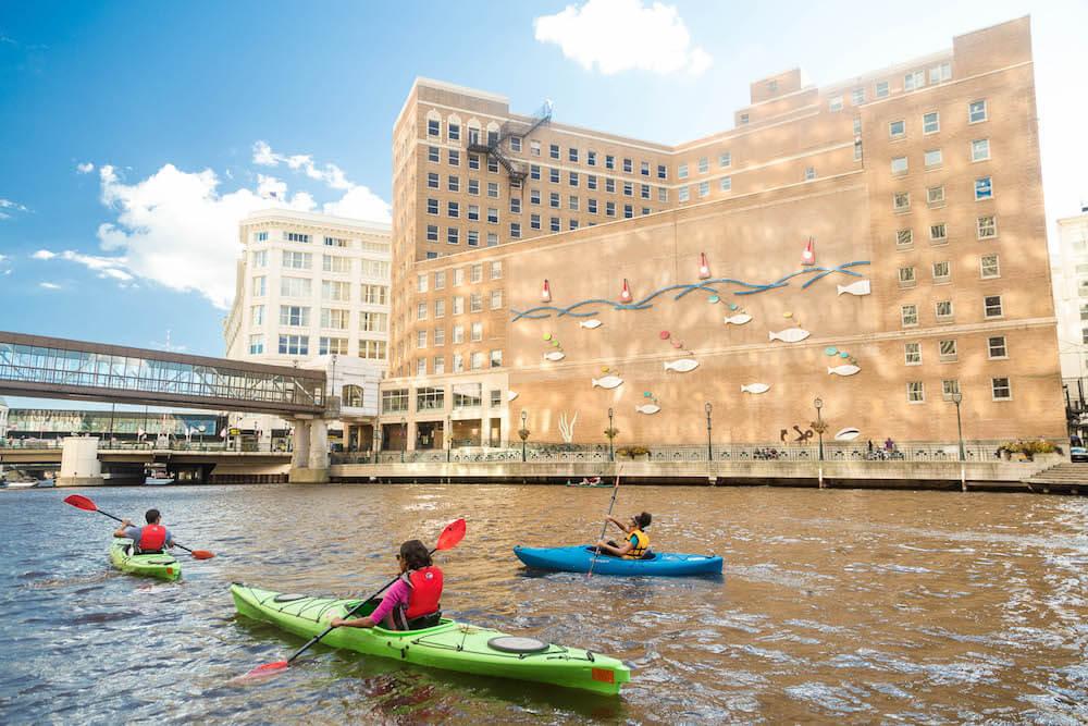 kayaking on river in Milwaukee