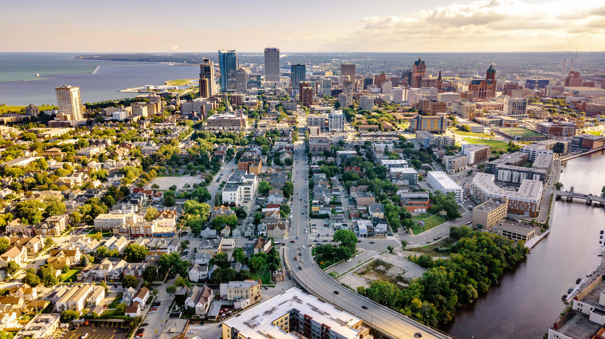 Milwaukee: See old, new in Wisconsin's largest city ...