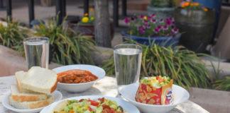 Pueblo Harvest patio dining