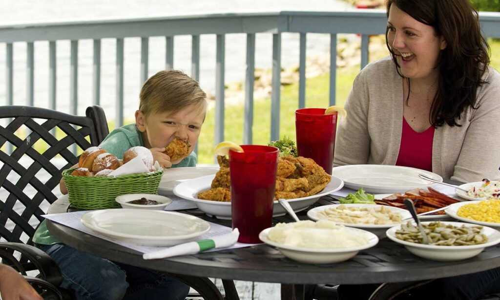 Joe Huber Family Farm & Restaurant, SoIN Tourism