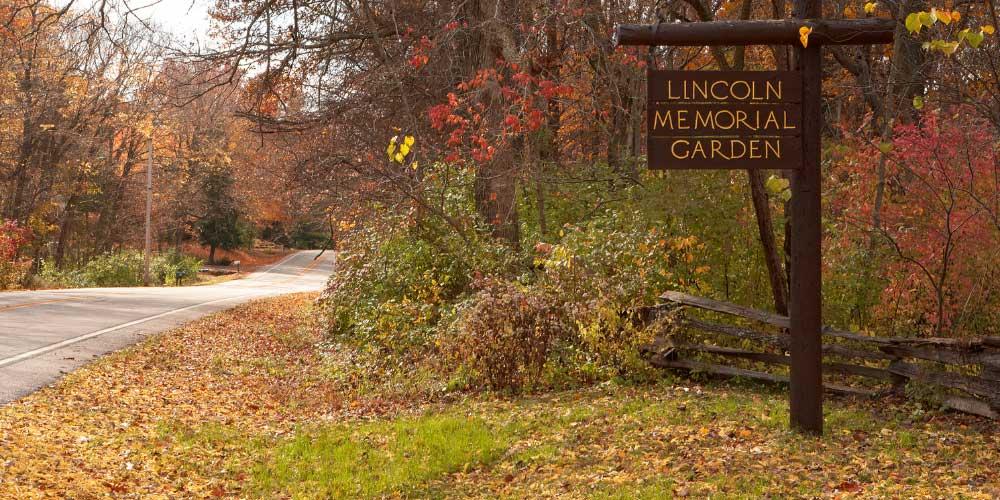 Lincoln Memorial Garden Visit Springfield IL