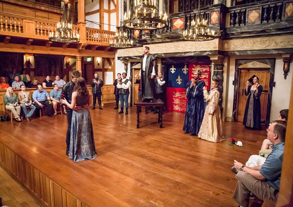 The cast of THE LIFE OF KING HENRY THE FIFTH Visit Staunton
