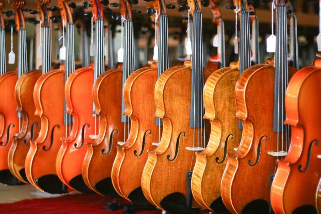 Tour Kansas Violins