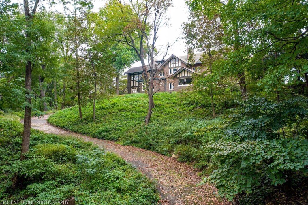 Hauberg Estate